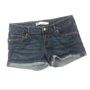 Levi shorty shorts size 11 rolled cuff med wash